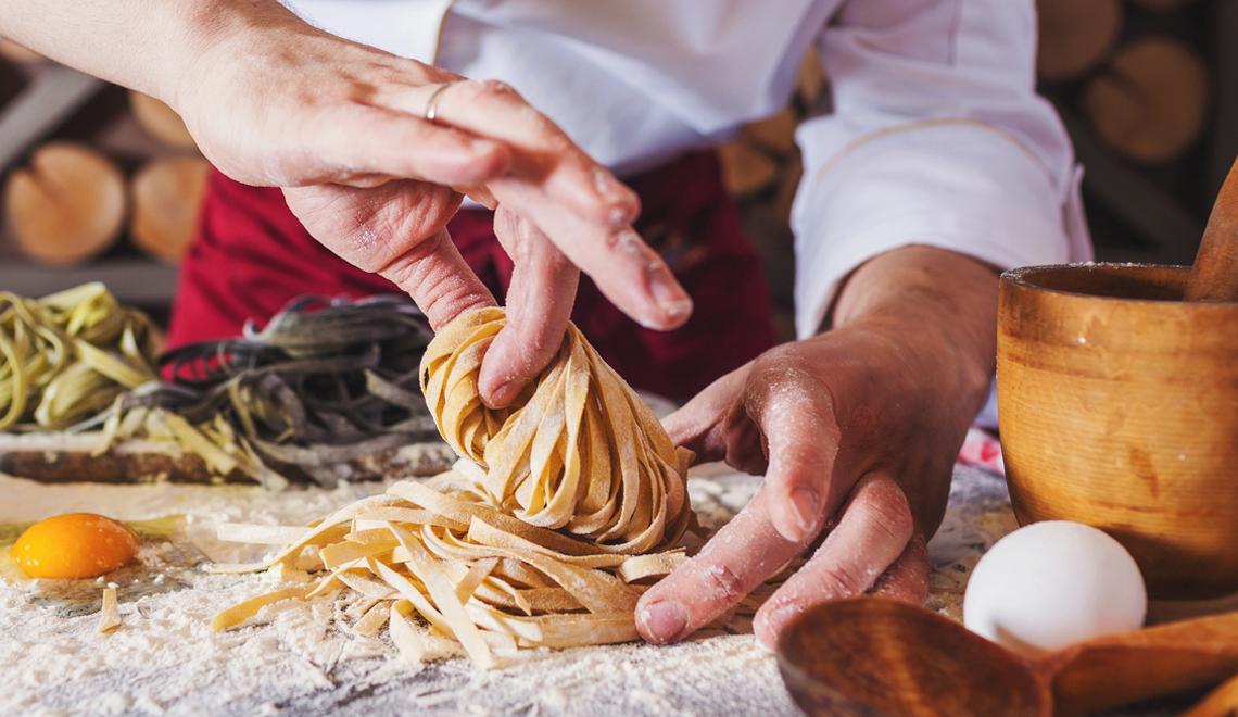 Receita do dia: como fazer macarrão caseiro